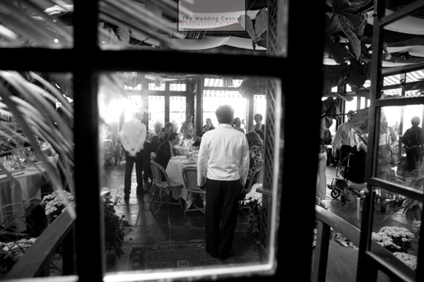Photojournalistic Brooklyn Wedding Pictures at River Cafe